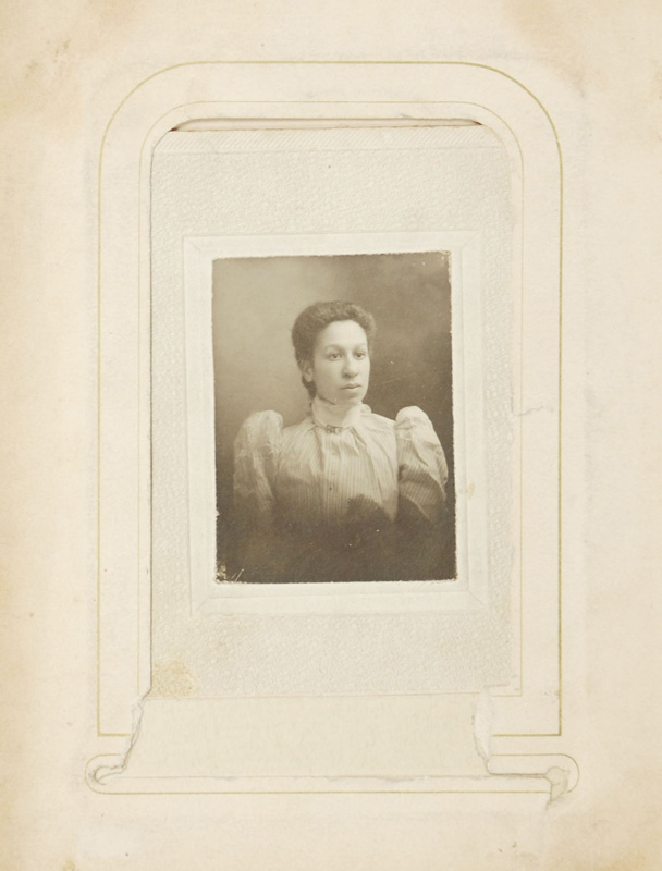 2.50. Woman with lace blouse. CDV.